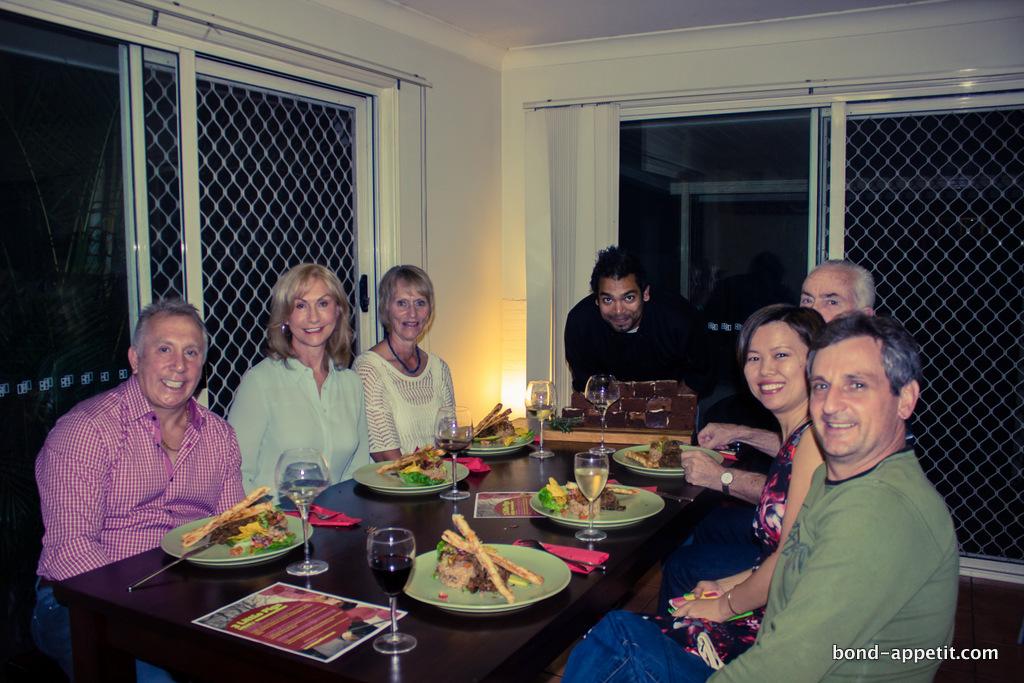 Bond Appetit 3 little pigs dinner