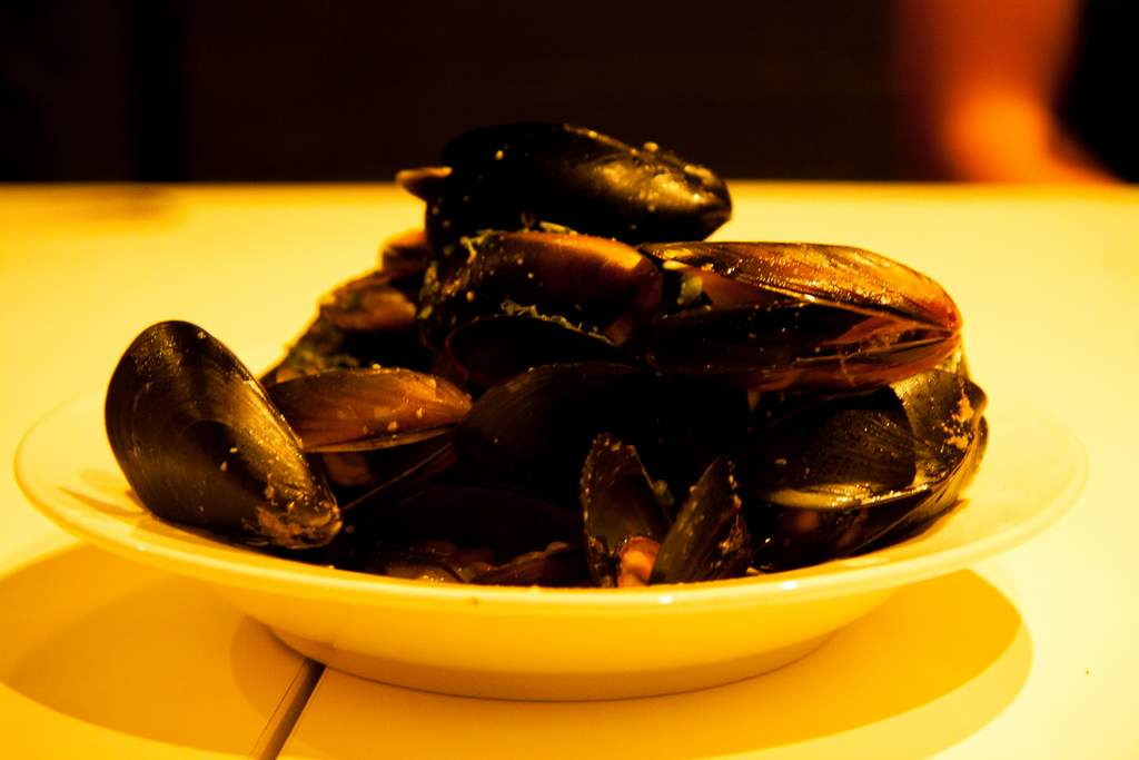 Coconut Creamed Mussels